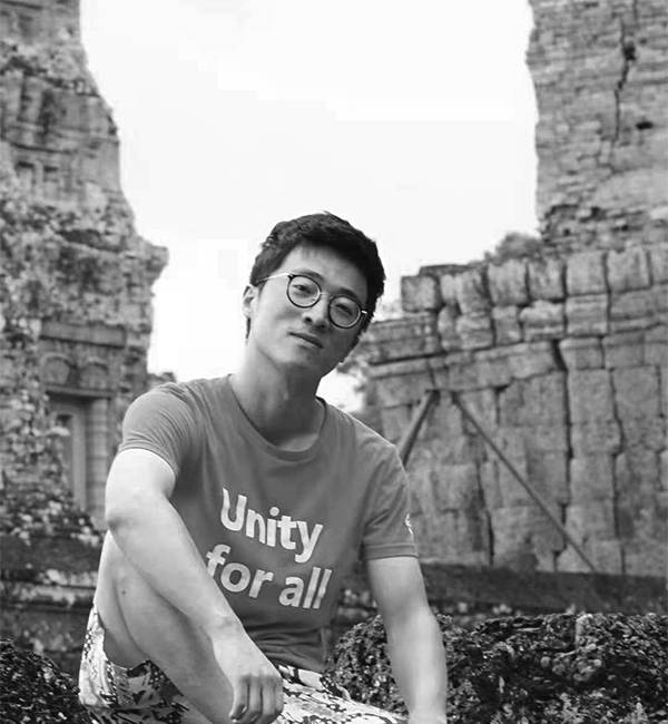 """Jin Yunshui is the Deputy Director of the Media Experiments and Practices Teaching Centre and a lecturer in Animation at Tongji University. He is dedicated to the research and creation of 3D animation and digital entertainment. In the past ten years, he has created art works in the fields of VR, AR, installation and 3D animation, winning numerous awards at home and abroad, including Best Creative Award at the 2015 Shanghai International Science and Art Exhibition, 1st Prize in the 5th National University Art Exhibition, Best Domestic Student Animation at the 11th Sichuan TV Festival """"Golden Panda"""" Awards, Excellence Award at the 20th China International Industry Fair, The Opening Film of the 6th Jena Fulldome Festival, etc. He also published dozens of peer-reviewed papers and books. His research areas mainly include the following directions: serious games, augmented reality, virtual reality, 3D visualisation, 3D animation, and human-computer interaction."""